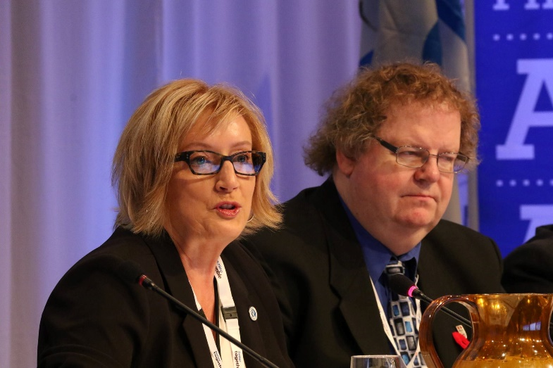 Marilyn Best, PIPSC AGM Co-Chair (left) and Scott McConaghy, PIPSC AGM Parliamentarian